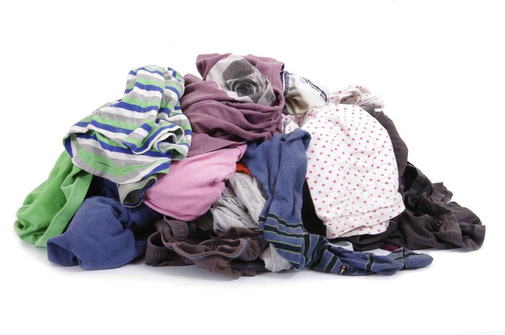 Cómo reciclar la ropa y el calzado usado