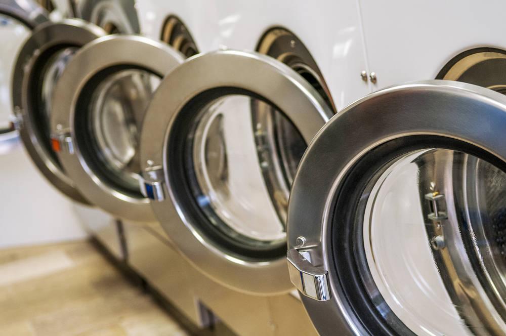 Ahorra tiempo, dinero y energía en un autoservicio de lavandería