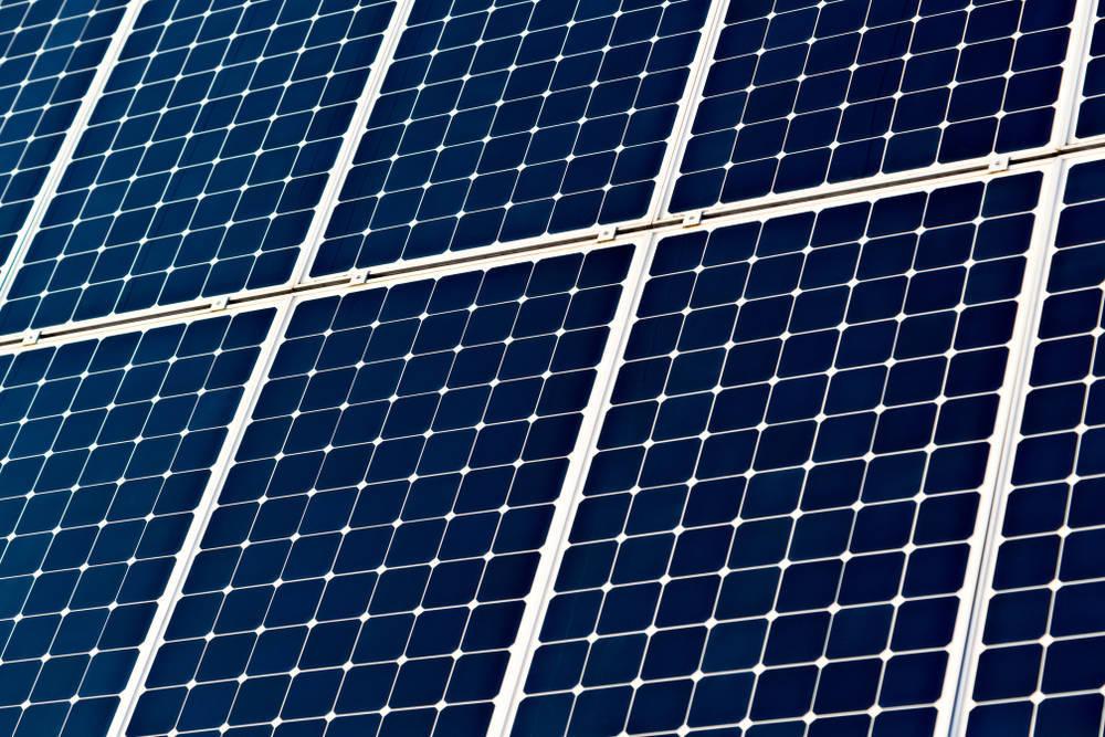 ¿Puedo instalar placas fotovoltaicas en casa?