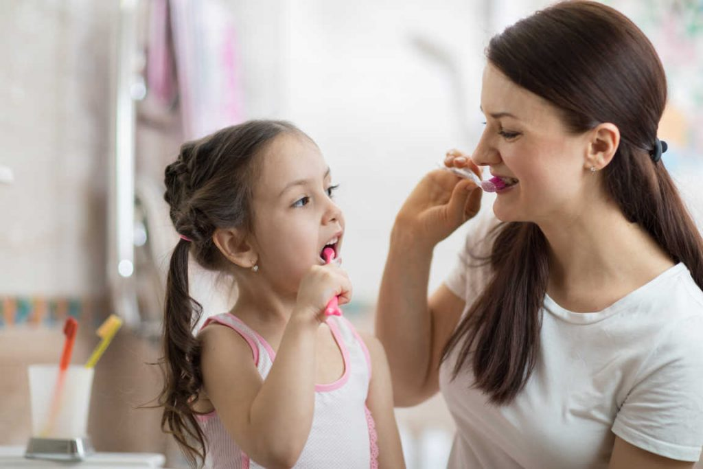 Un cuidado dental que es deficiente: opinión mayoritaria de los españoles